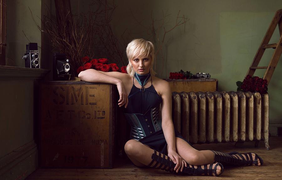 Jess - A la recherche du temps perdu / Photography by Stephan_d, Model Jessica Wilcock, Post processing by Stephan_d / Uploaded 11th April 2020 @ 04:51 PM