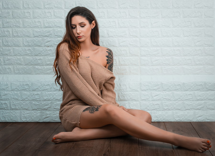 White wall and Wooden floor set / Photography by Zami Queen, Taken at Zami Studio / Uploaded 27th November 2019 @ 04:44 PM