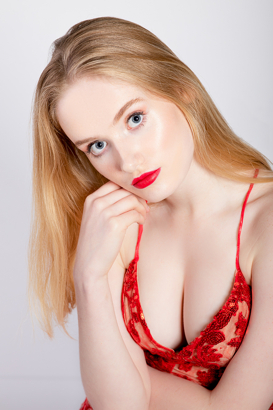 Photography by Paul Davies, Model Saffron Whyton, Post processing by Paul Davies, Taken at f/8 Studio / Uploaded 19th September 2019 @ 02:39 PM