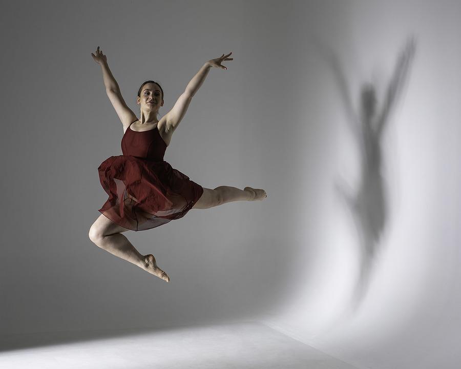 In flight / Photography by Inspire Studios Ltd, Model Olivia Grace Dancer, Taken at Inspire Studios Ltd / Uploaded 18th June 2019 @ 06:02 AM
