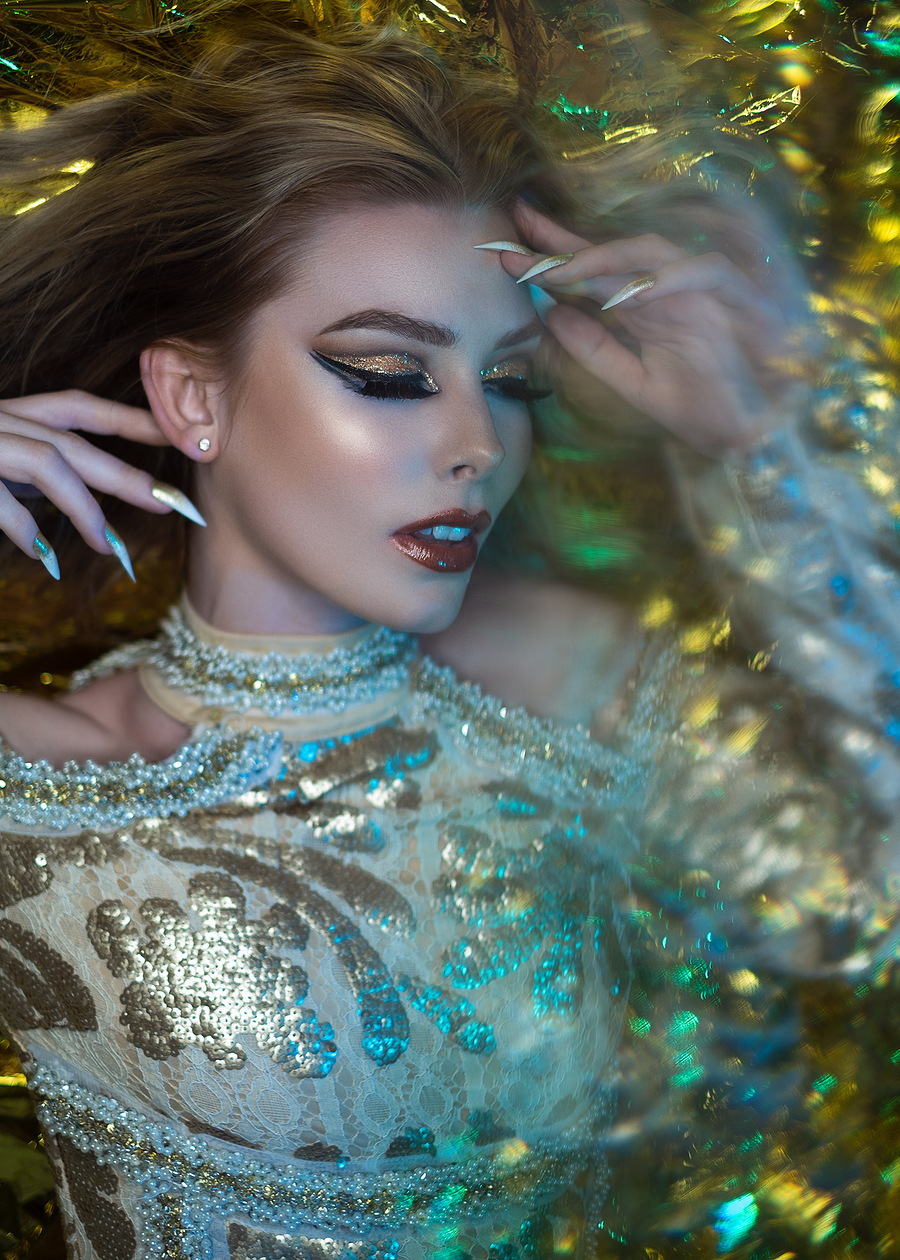 Photography by Abstract Reality, Makeup by creative beauty with Ameliajmua / Uploaded 27th January 2020 @ 01:40 PM