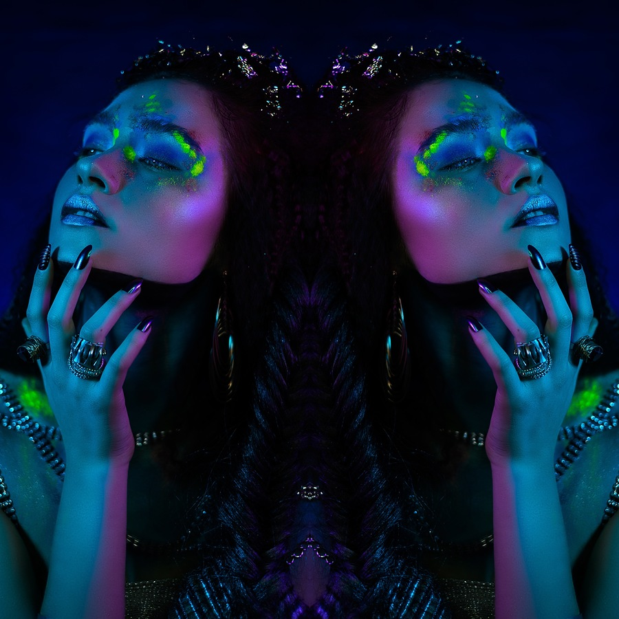 Photography by Abstract Reality, Makeup by creative beauty with Ameliajmua / Uploaded 27th January 2020 @ 01:59 PM