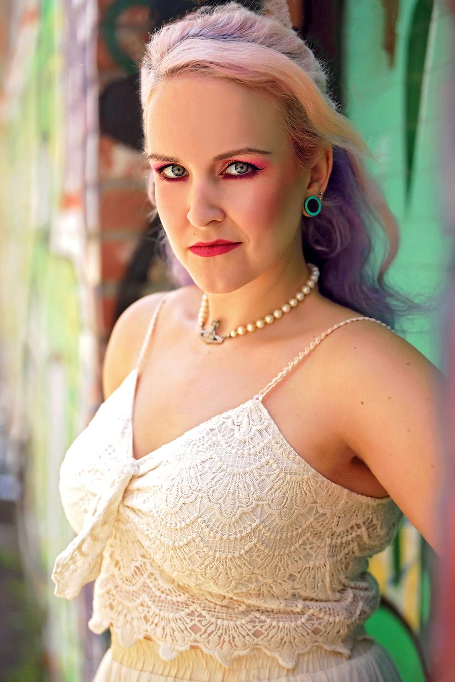 L.A / Model Leanne / Uploaded 17th December 2019 @ 11:42 PM