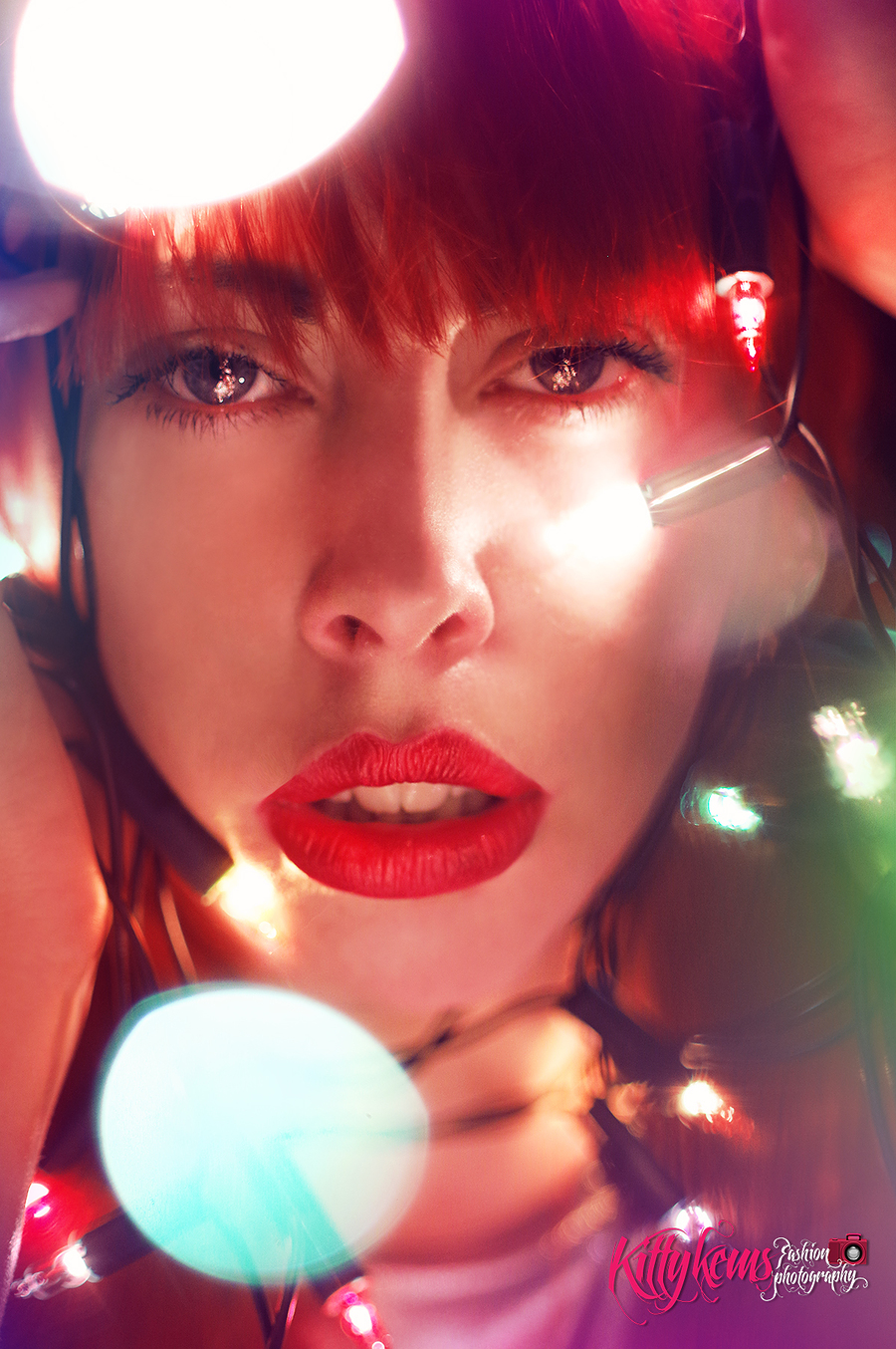 Laura and the lights / Photography by Kitty KEMS Photography, Makeup by Kitty KEMS Photography, Post processing by Kitty KEMS Photography, Taken at Kitty KEMS Photography / Uploaded 15th April 2017 @ 10:59 AM