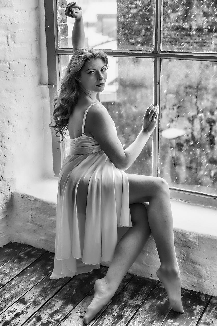Photography by GaryMac Photography, Model Scarlett Fox / Uploaded 14th March 2016 @ 01:00 AM