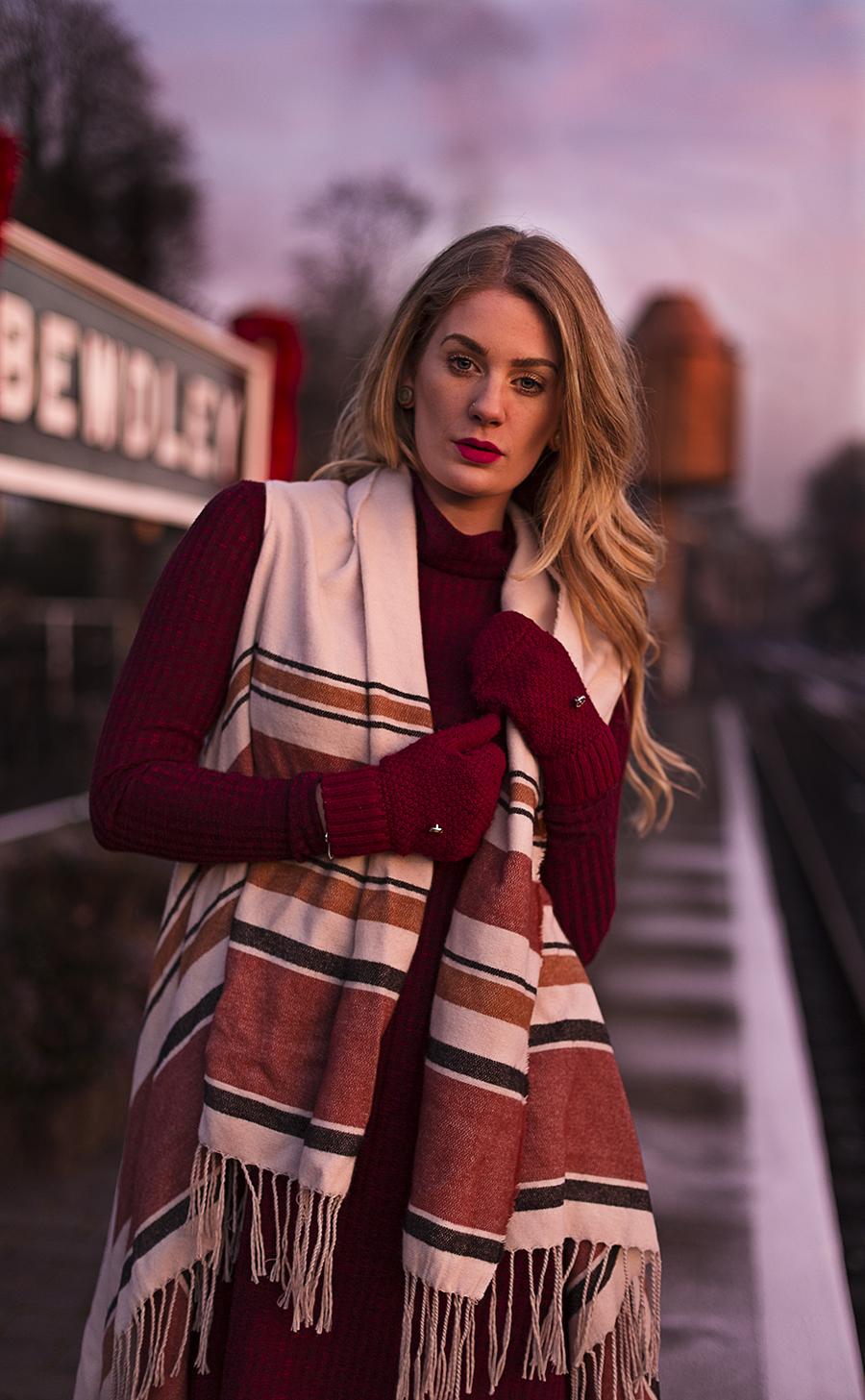 Railway Catwalk / Photography by GaryMac Photography, Model Artemis Fauna / Uploaded 20th December 2016 @ 10:19 PM