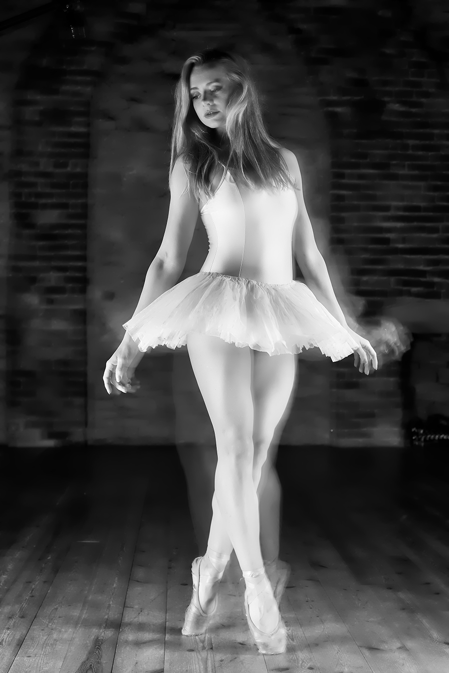 Ghost Dancer / Photography by GaryMac Photography, Model Ayla, Taken at Millwood Photography Studio (Jamie Booth Photography) / Uploaded 11th August 2017 @ 12:05 AM
