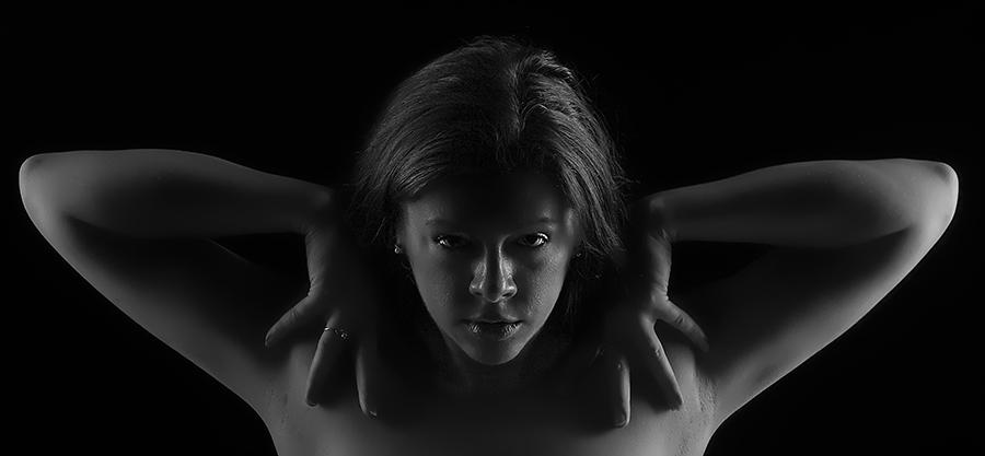 Look into My Eyes / Photography by GaryMac Photography, Model Rhianna Grey, Taken at Rainbow Studio / Uploaded 30th August 2017 @ 11:28 PM