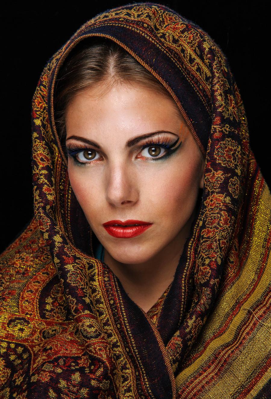 Arabic look / Photography by Blower.photos, Model April K, Makeup by HardimaN, Stylist HardimaN, Hair styling by HardimaN / Uploaded 29th July 2013 @ 08:26 PM