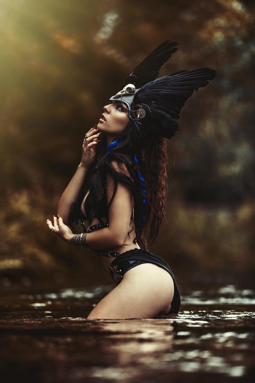 (Valkyrie) Viking head dress! / Model Chloe Elizabeth / Uploaded 29th August 2021 @ 02:29 PM