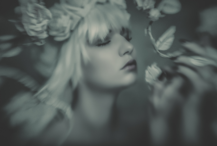 Floral Fantasies / Photography by L.R.M Photography, Model Bad Dolly / Uploaded 21st May 2017 @ 09:49 AM