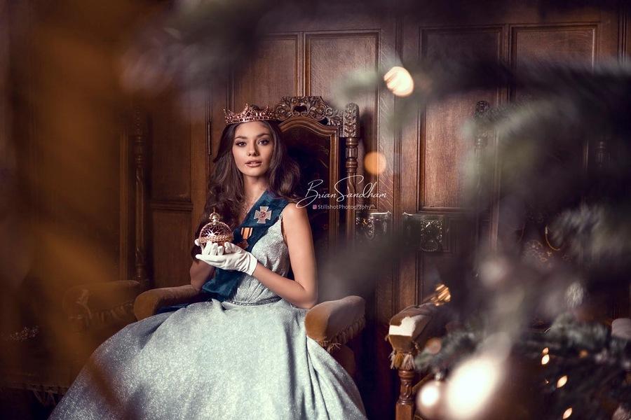 Queen Elle / Model Elle B1329, Taken at Vines Art House / Uploaded 28th December 2020 @ 07:43 PM
