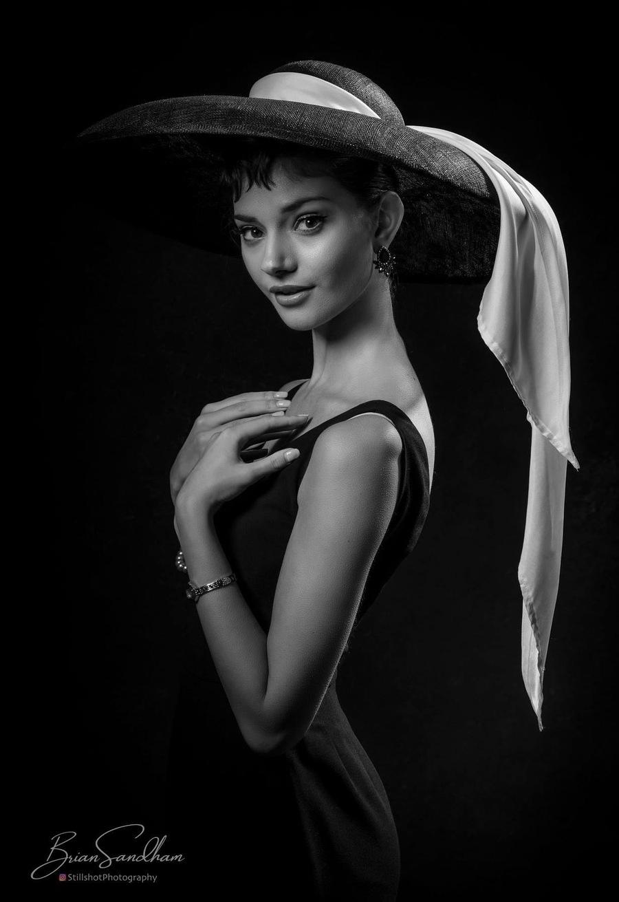 Classic Audrey  / Model Elle B1329, Stylist Jacqueline Baldwinson, Taken at Vines Art House / Uploaded 13th October 2021 @ 07:00 AM
