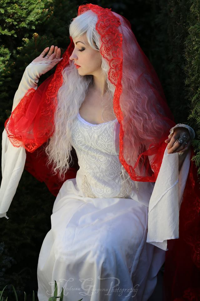 Lady of Shalott / Photography by Maria.Mirage.Photography, Model Leonie Snow / Uploaded 12th July 2018 @ 10:58 AM