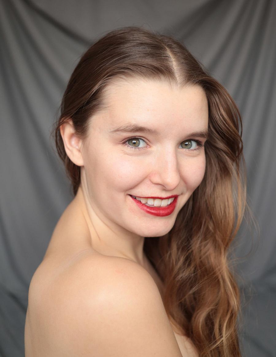 Bedsheet Backdrops Remote Shoot / Model Jade Lyon / Uploaded 1st February 2021 @ 04:34 PM