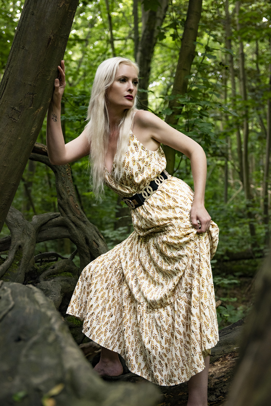 Fashion in nature  / Photography by Shane Finn, Model Hazel Holli / Uploaded 28th August 2021 @ 12:47 PM