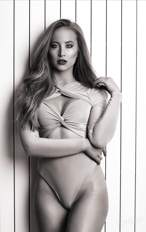 Black & White / Model Emilee Lucia / Uploaded 19th December 2018 @ 02:23 PM