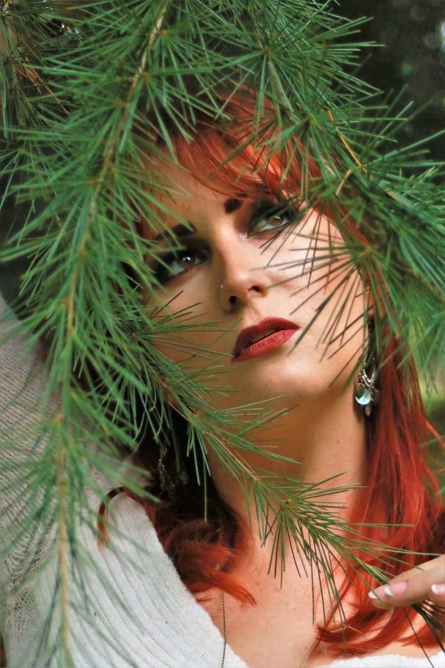 Lost in Nature / Model Alex Kelsey, Makeup by Alex Kelsey / Uploaded 6th September 2018 @ 11:00 PM