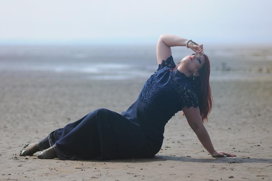 Catchin' Ray's at the Beach / Photography by mrk6utch, Model Alex Kelsey, Makeup by Alex Kelsey, Stylist Alex Kelsey / Uploaded 22nd June 2020 @ 10:20 PM