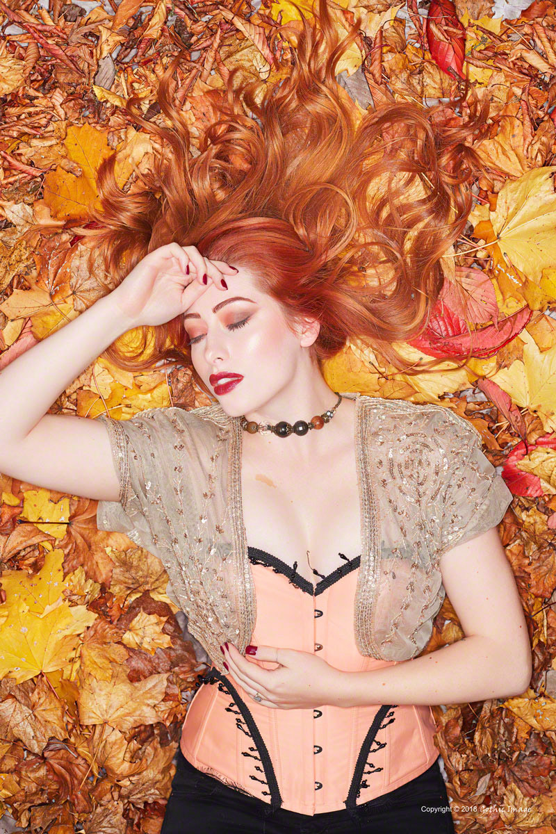 Autumn Leaves / Photography by Gothic Image, Model Sinopa Rin, Taken at Fareham Studio / Uploaded 9th November 2018 @ 07:48 PM