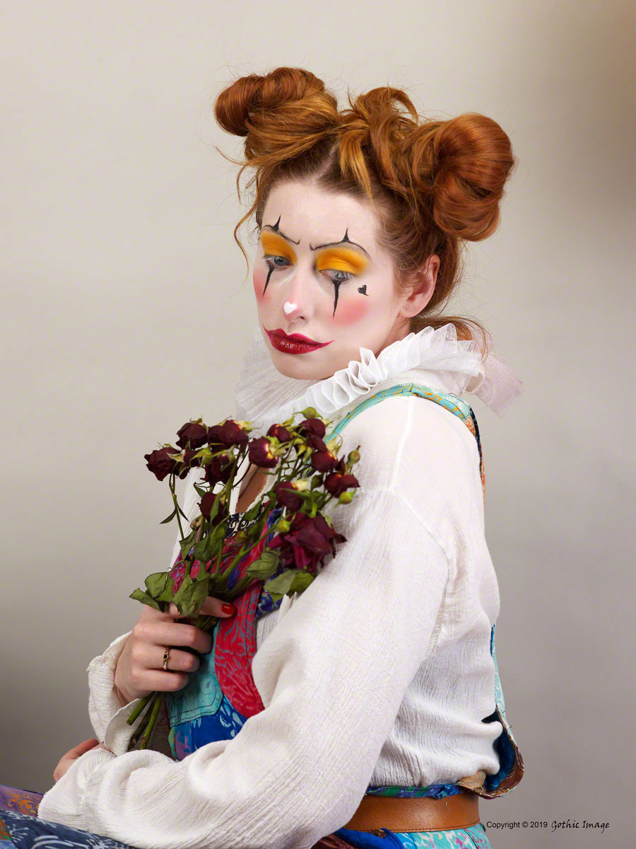 Being a Clown isn't always fun / Photography by Gothic Image, Model Sinopa Rin, Makeup by Sinopa Rin, Stylist Sinopa Rin, Taken at Fareham Studio, Hair styling by Sinopa Rin, Designer Fareham Studio / Uploaded 9th March 2019 @ 02:05 PM