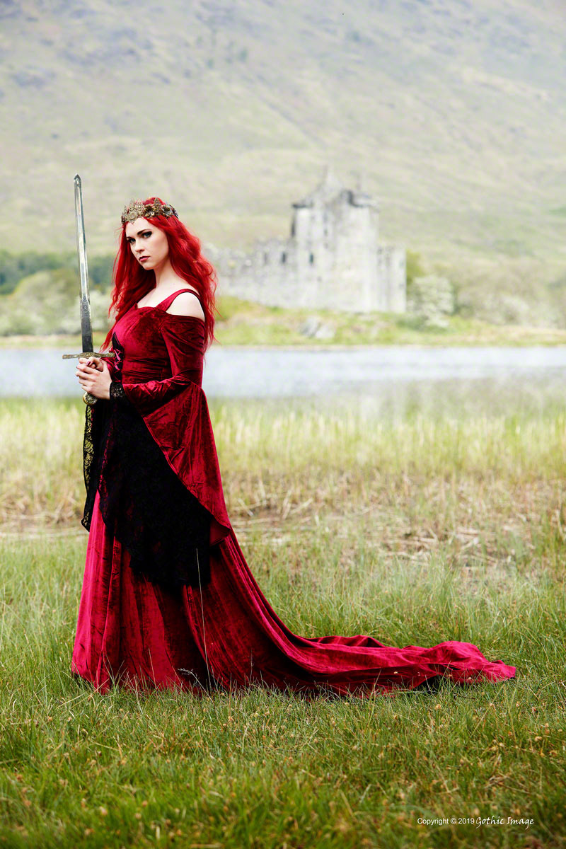 Castle Guardian / Photography by Gothic Image, Stylist Savra, Designer Savra / Uploaded 11th July 2019 @ 03:44 PM