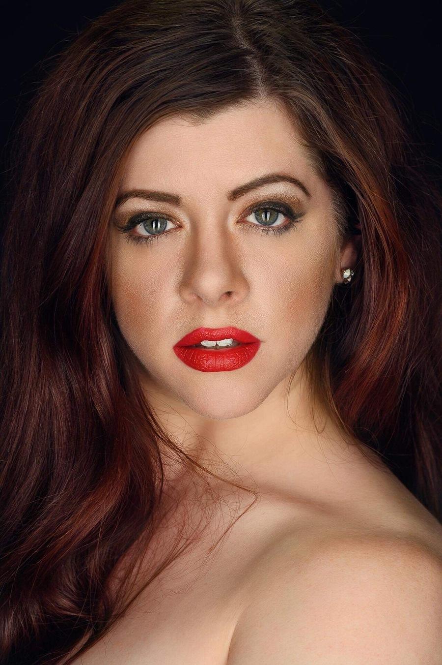 Photography by Gav Woodgate, Model Rhianna Grey, Taken at YorkPhotoStudio / Uploaded 13th November 2019 @ 10:01 PM