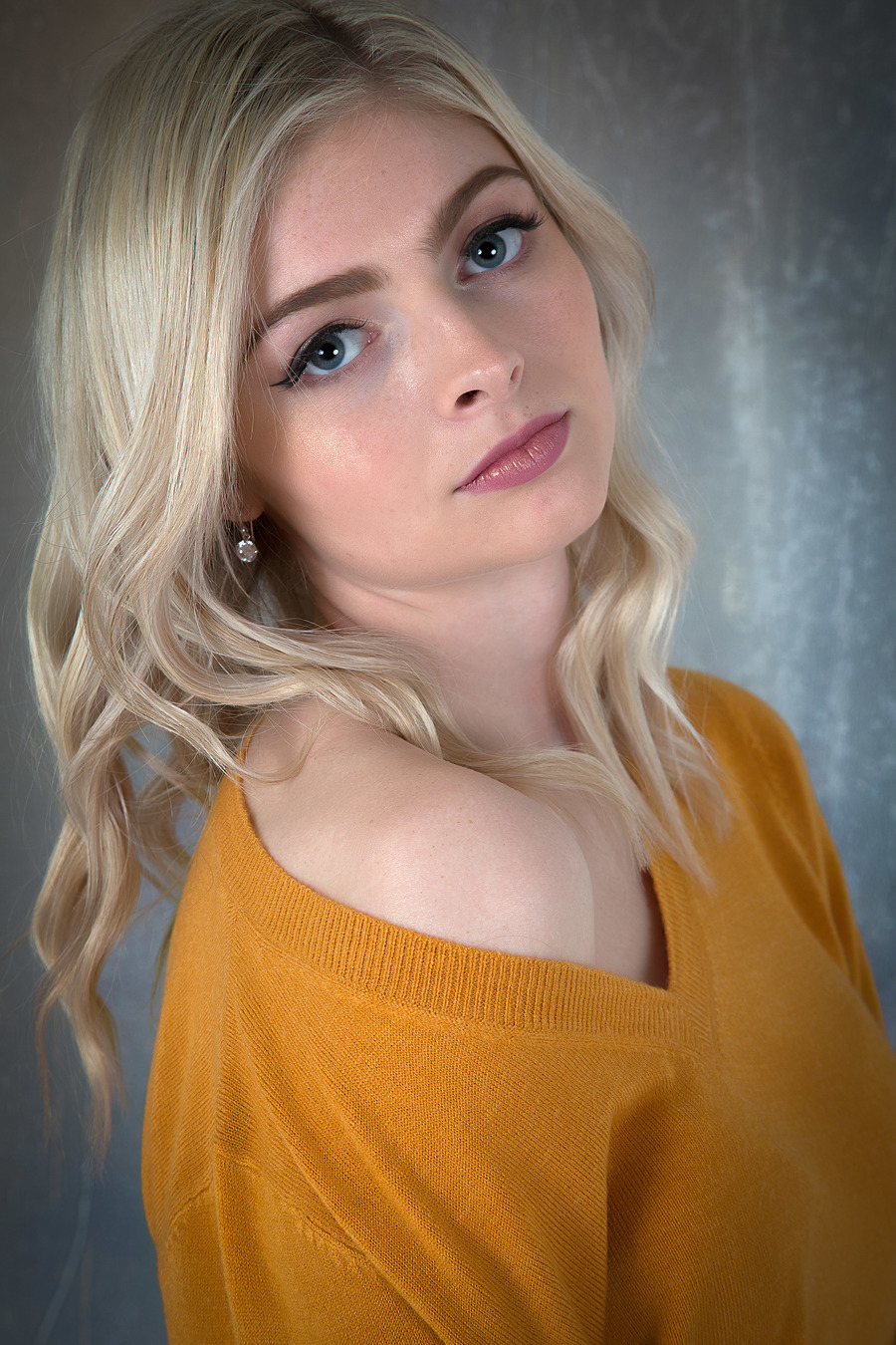 Photography by ZebraRosso, Model Charlotte Laugher, Taken at Butterfly Studios Norwich / Uploaded 11th February 2020 @ 05:35 PM