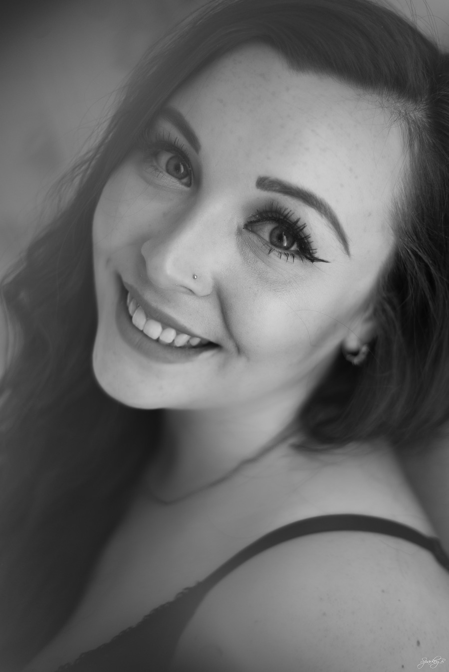 There's always a reason to smile / Photography by SparkeyB, Model Belle Rose, Makeup by Belle Rose, Hair styling by Belle Rose / Uploaded 21st January 2019 @ 10:09 PM
