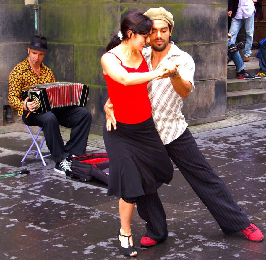 Tango I / Photography by Davie Gilfillan / Uploaded 2nd April 2021 @ 08:55 PM