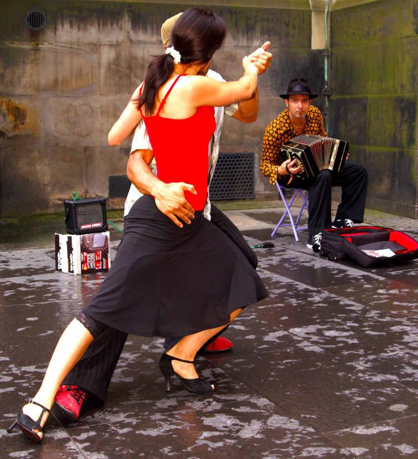 Tango VII / Photography by Davie Gilfillan / Uploaded 2nd April 2021 @ 08:59 PM