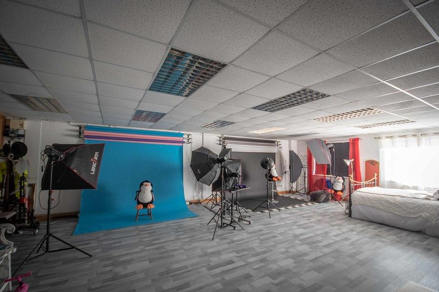 Revamp to Penguin Studios / Taken at Penguin Stu6ios / Uploaded 26th September 2020 @ 01:25 PM