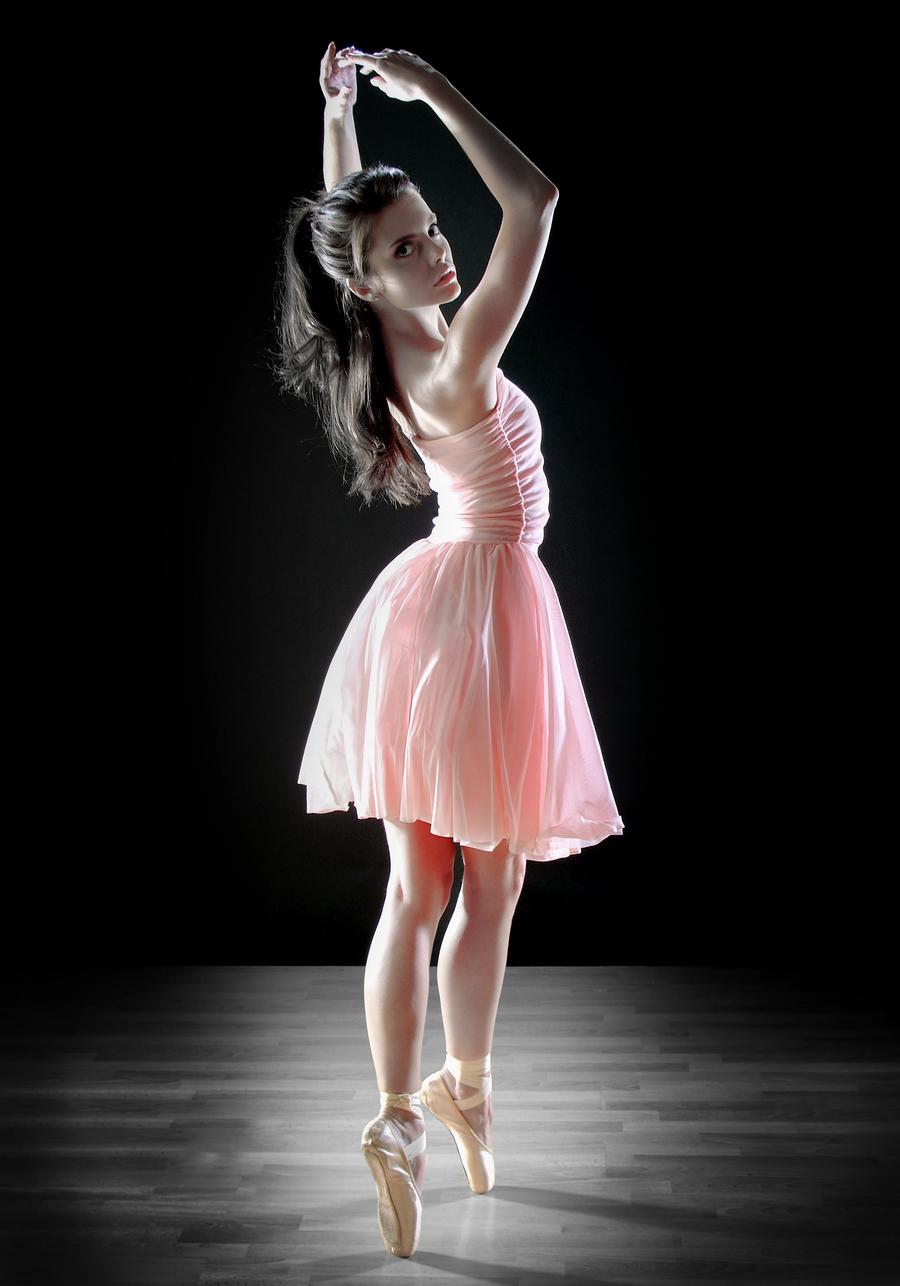 Tiny Dancer... / Photography by Rik Richardson, Post processing by Rik Richardson / Uploaded 17th November 2020 @ 12:43 PM
