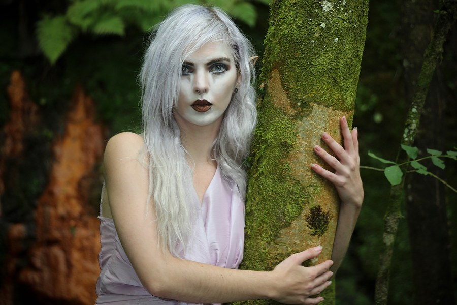 Tree hugger / Photography by Aspects Photography Wolverhampton, Model Rune (chibirune) / Uploaded 3rd March 2020 @ 01:23 PM