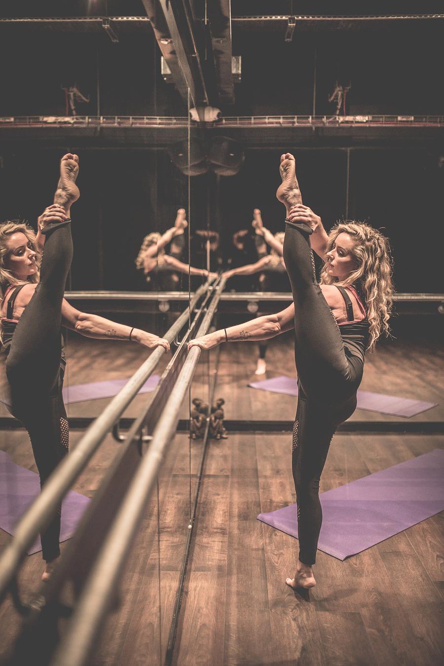 Flexibility yoga pose / Model Clairesavannah / Uploaded 30th June 2019 @ 11:57 PM