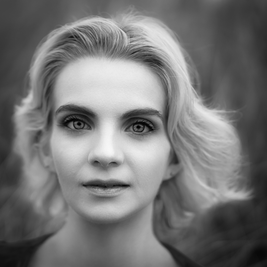 Mono Beauty / Photography by Steve JC, Model LeahMeraki, Post processing by Steve JC / Uploaded 18th January 2021 @ 12:30 PM