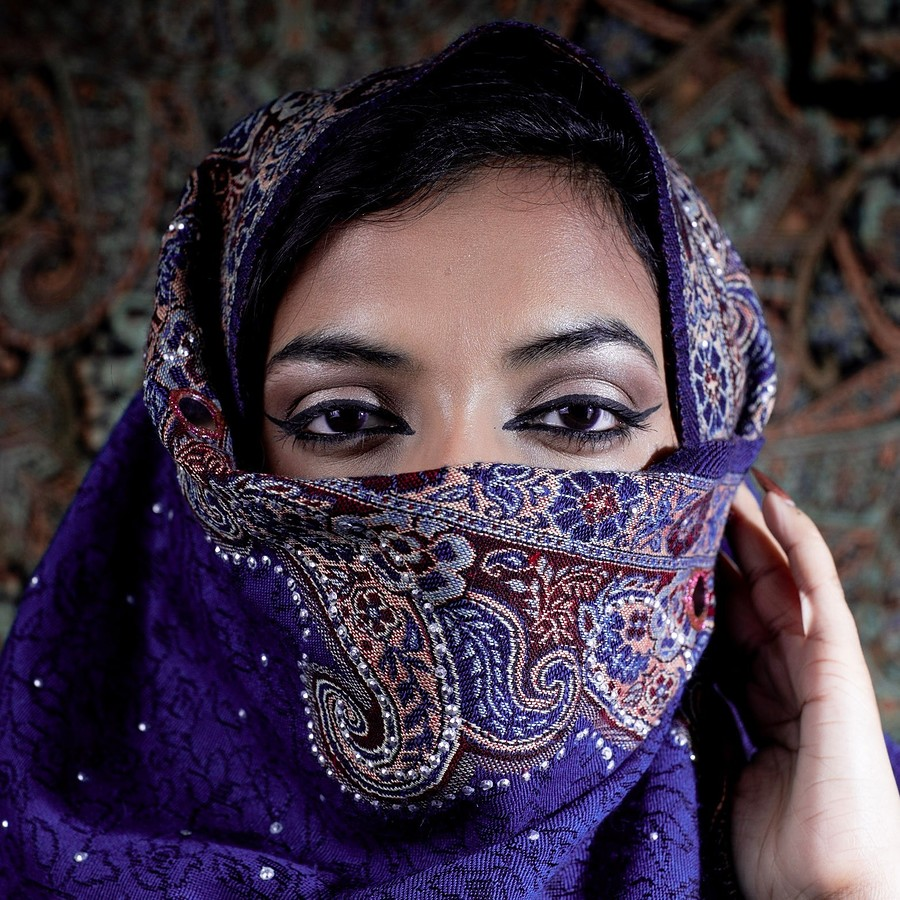 Behind the veil / Photography by Reflecting Beauty Photography, Model Fatheha / Uploaded 28th March 2019 @ 08:19 PM