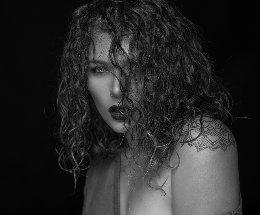 Wet hair / Photography by L.R.M Photography, Model Hurley / Uploaded 11th May 2019 @ 05:32 PM