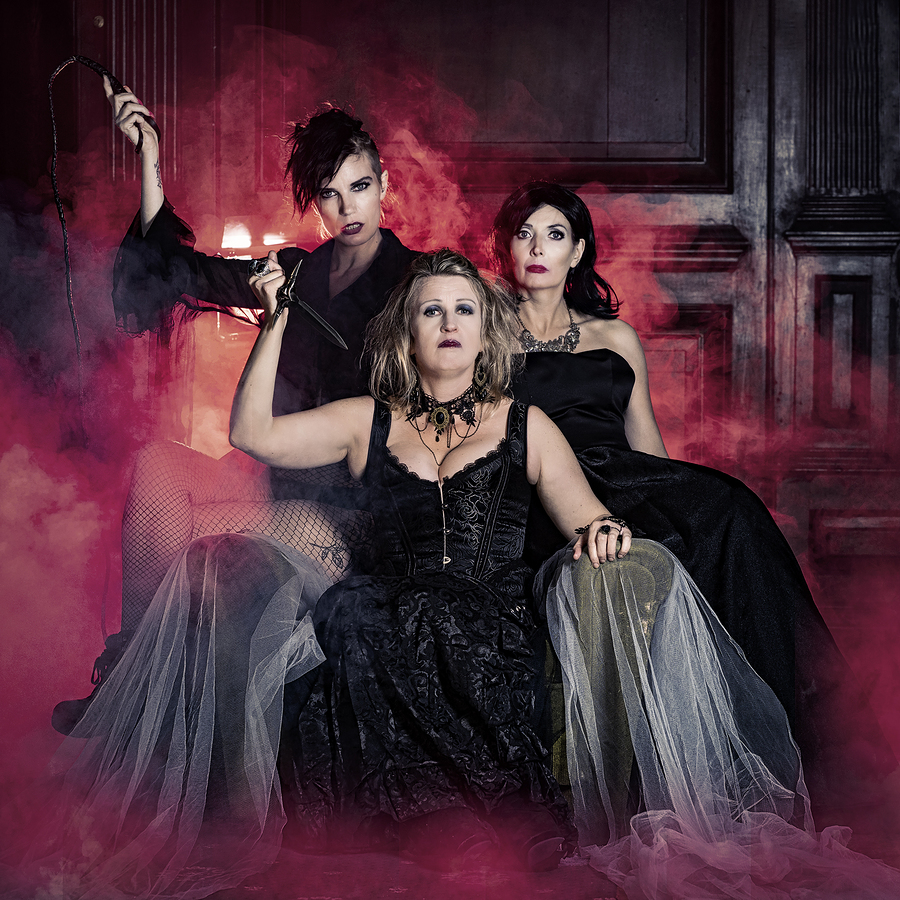 The new witches of Eastwick / Photography by Ian M, Models Little Wren, Models NightAngel-Kayla, Models Princess Bee / Uploaded 22nd September 2019 @ 09:39 AM