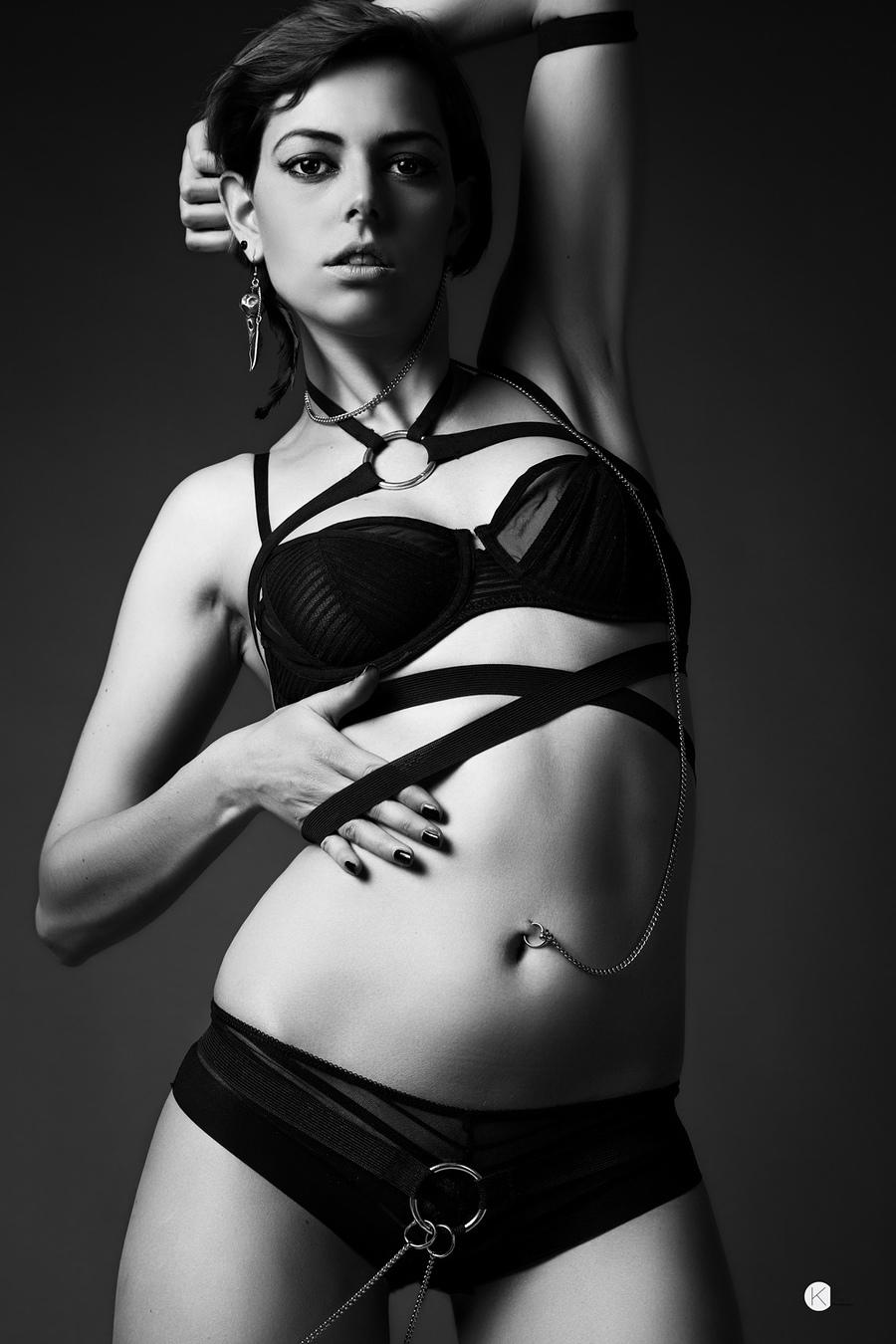 Bodybinds / Photography by Kirsten Thys van den Audenaerde, Model Riona Neve / Uploaded 30th August 2013 @ 11:21 AM