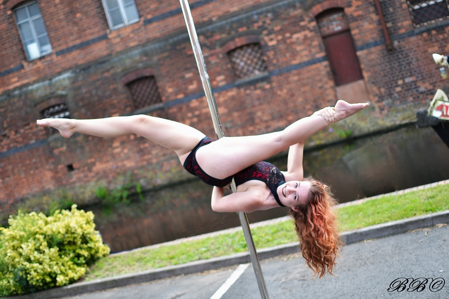 Inverted split / Photography by Boater Bob, Model KateW / Uploaded 3rd August 2019 @ 11:15 AM
