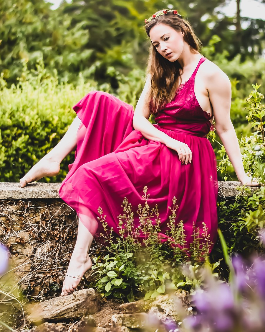 Garden time / Photography by Grumpy Teddy, Model Em Theresa / Uploaded 16th July 2019 @ 06:33 AM