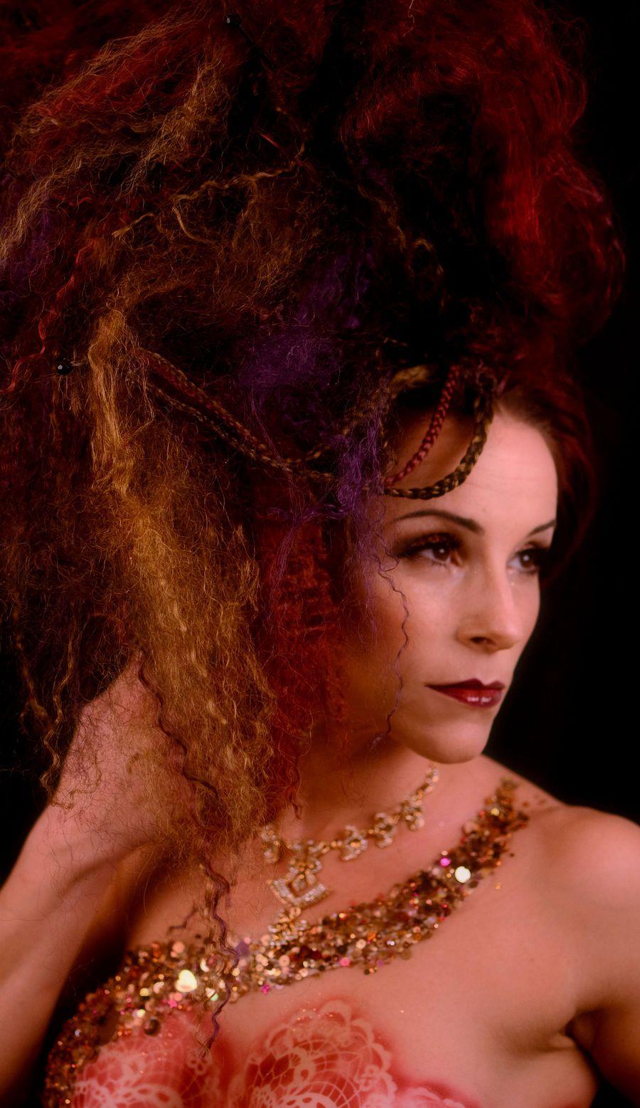 Avangarde Hairscuplture & Bodypainting / Makeup by pierangela manzetti, Hair styling by pierangela manzetti, Artwork by pierangela manzetti, Designer pierangela manzetti / Uploaded 24th October 2016 @ 06:00 PM
