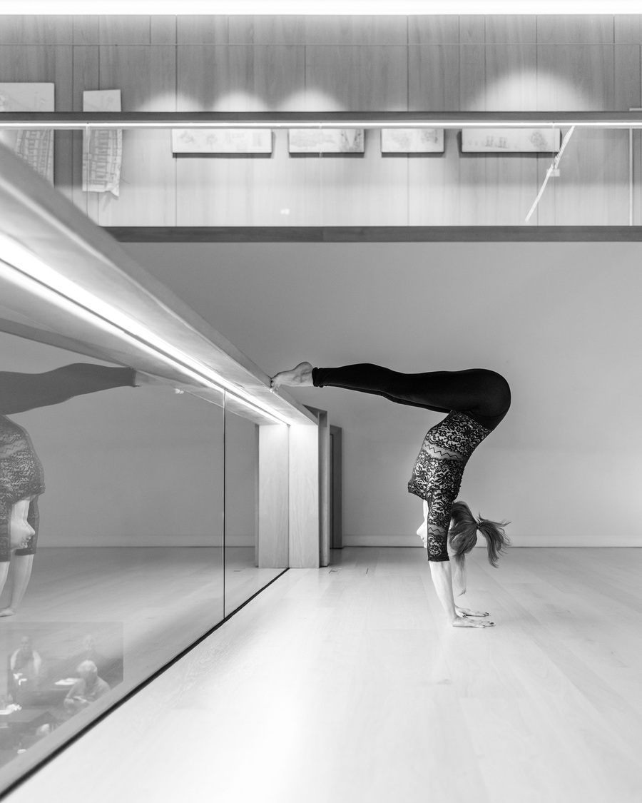 yoga in the design museum London with flexibele yogini yogi in asana by Michal Jeck Photography / Photography by Michal J, Model Al Ten / Uploaded 27th May 2019 @ 11:02 AM