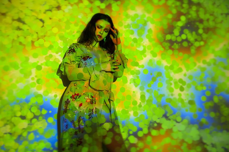 Photography by riks_pixels, Model Lizzie Bayliss, Makeup by Lizzie Bayliss, Post processing by Lizzie Bayliss, Stylist Lizzie Bayliss, Taken at Lizzie Bayliss, Hair styling by Lizzie Bayliss, Designer Lizzie Bayliss / Uploaded 3rd April 2021 @ 02:20 PM