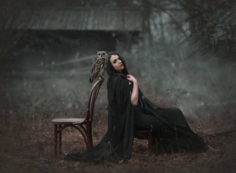 Winter darkness / Model MollieK / Uploaded 10th May 2019 @ 07:34 AM