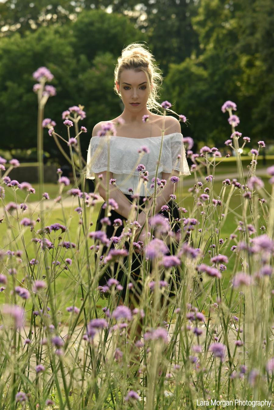 In your dream / Photography by Lara Morgan, Model Cindafckinrella, Makeup by Cindafckinrella, Post processing by Lara Morgan / Uploaded 30th July 2019 @ 07:36 AM