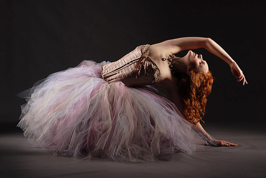 Ivory Ballerina / Photography by Ian_Robert_M, Model Ivory Flame / Uploaded 6th November 2020 @ 11:32 AM