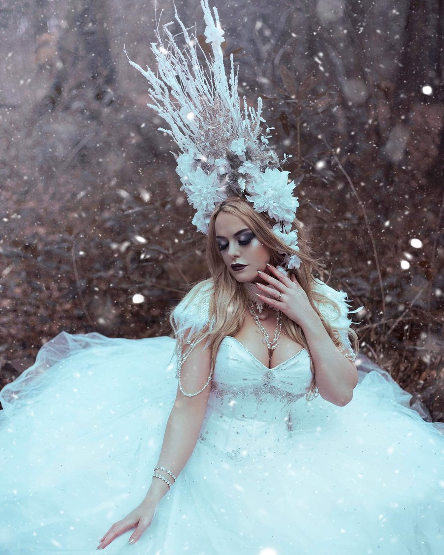 Snow queen / Photography by malimora, Model Amber Lilly, Makeup by MissTaarna Mua / Uploaded 28th May 2019 @ 02:40 PM