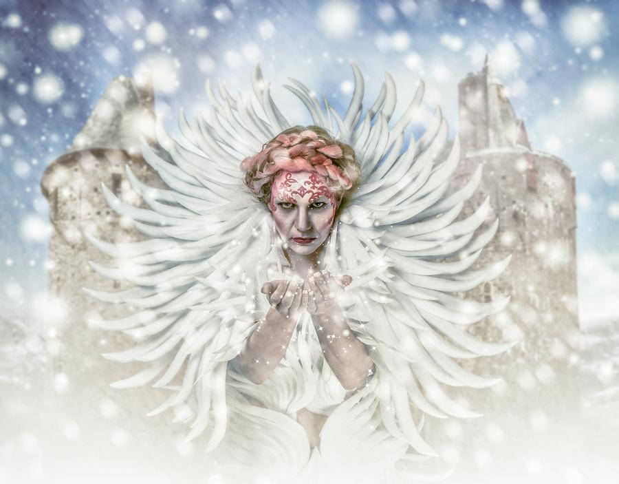 The Queen of Narnia / Photography by Matthew Jones, Model Miss Versatile, Makeup by Sara Szpak MUA, Hair styling by Sara Szpak MUA / Uploaded 7th May 2015 @ 08:10 PM